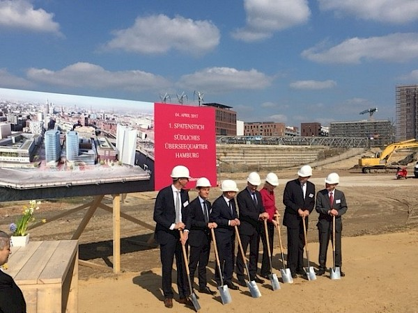 Marking the Start of the Construction of a new Cruise Terminal: The first sod was turned at HafenCity