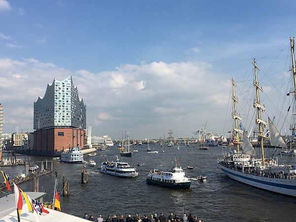 Cruise Destination Hamburg rings in the summer with two top-class events: HAMBURG PORT ANNIVERSARY festival and first-time arrival of the MSC Preziosa