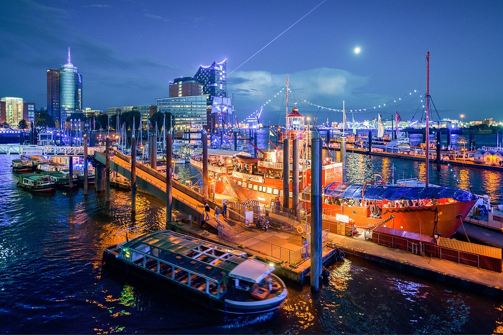 Impressions of #BluePortHamburg. #HamburgCruiseDays2019